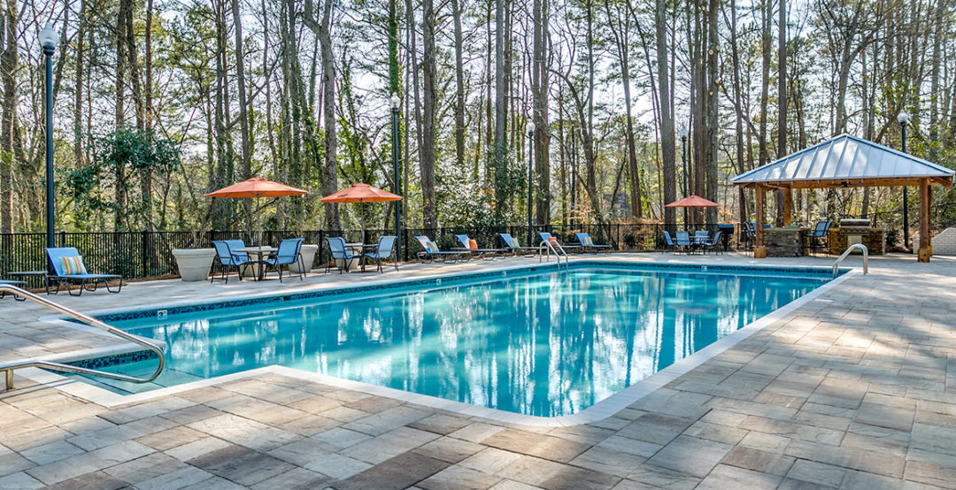 Retreat at Mountain Brook - Poolside
