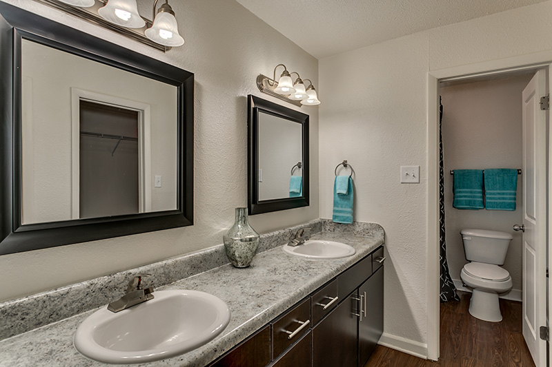 Retreat at Mountain Brook - double sink bathroom